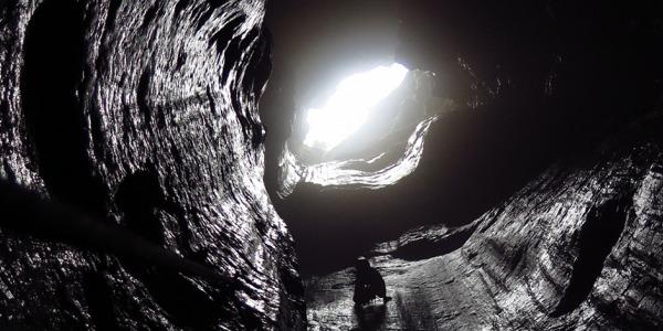 "Пещерен клуб ""Под Ръбъ"" и пещерата ""Колкина Дупка"""